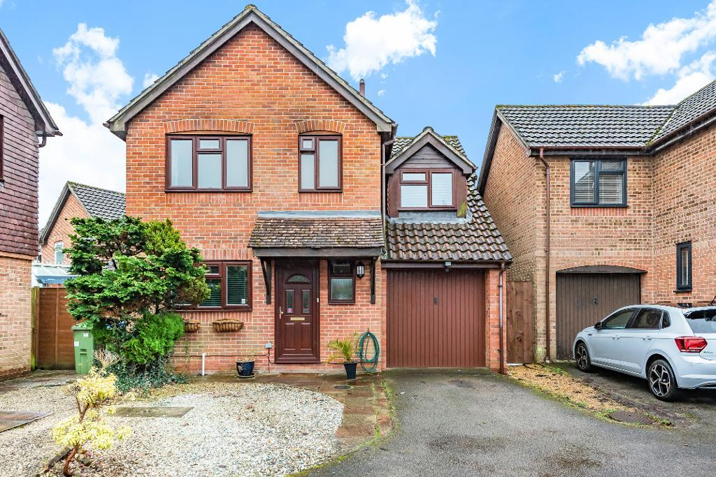 Moorland Close, Park Gate, Southampton, SO31 6WD